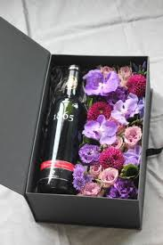 Flower <b>boxes</b>, Wine <b>gifts</b>, Wine <b>gift set</b>