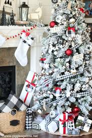 Black and White Buffalo Plaid Farmhouse Christmas Tree - Giggles ...