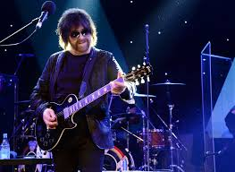 Jeff Lynne's <b>ELO</b> Ready New LP 'From Out of Nowhere,' Issue Title ...