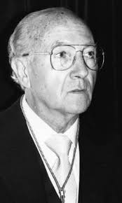 El académico y catedrático emérito de Historia del Arte en la Universidad de Valladolid Juan José Martín González murió ayer en Valladolid a los 86 años de ... - 2296624