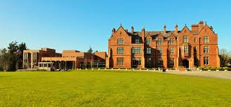 reasons to choose the school queen s university belfast why choose us