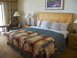 King-<b>size</b> bed - <b>Picture</b> of <b>DoubleTree</b> by Hilton Bakersfield ...