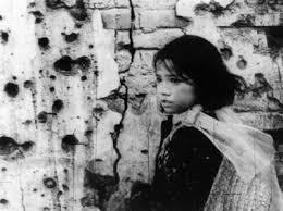 Kết quả hình ảnh cho Hình ảnh Hà Nội những ngày B52/ 1972