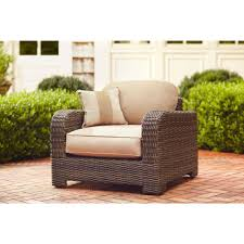 furniture t north shore: northshore patio lounge chair with harvest cushions and regency wren throw pillow stock