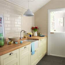 kitchen tiles cream