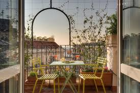 Guesthouse Tritone <b>Top House</b>, Rome, Italy - Booking.com