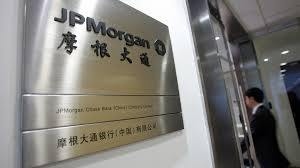 jpmorgan cuts % of relationship managers at asia private bank