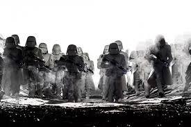 """Восьмая часть франшизы """"<b>Звездные войны</b>"""" вышла в прокат ..."""