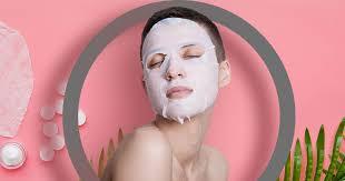 <b>Тканевые маски для лица</b> — что это и как ей правильно ...
