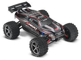 <b>Радиоуправляемый монстр Traxxas E-Revo</b> 4WD 2.4GHz 1/16 + ...