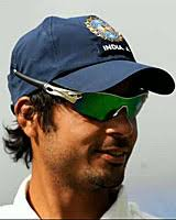Playing role Allrounder. Batting style Left-hand bat. Bowling style Slow left-arm orthodox. Sayed Iqbal Abdulla. Batting and fielding averages - 705689
