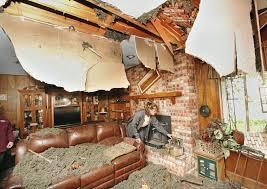"""Képtalálat a következőre: """"cleaning the damages, funny"""""""