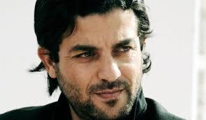 L'acteur <b>Hicham Bahloul</b> a été victime d'un grave accident de voiture hier <b>...</b> - hicham-bahloul