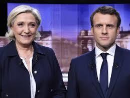 Fransa'da ibre Macron'u gösteriyor