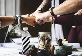 Synergia w pracy zespołowej - jakie może przynieść efekty ...
