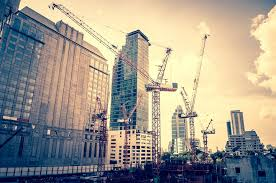 working in construction contract manager job description