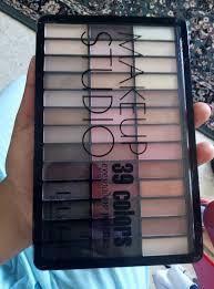 Dodo Girl Make-up Studio <b>39</b> Colors <b>Eyeshadow Palette</b> - INCI Beauty