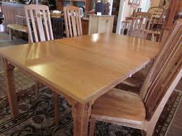 walnut cherry dining: rosebud cherry dining table with leaves