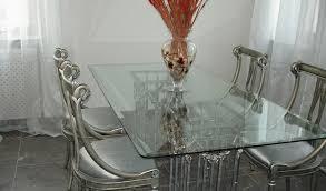 Стеклянная мебель – прозрачная легкость