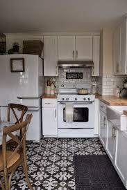 Large Floor Tiles For Kitchen 15 Vintage Kitchen Flooring Ideas 6058 Baytownkitchen