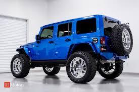 Wranglers Blue Customized Jeep Luxury