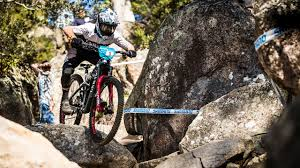 Buy your Strive Enduro Full Suspension online | CANYON US