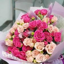 A <b>bouquet</b> of pink and Magenta spray <b>roses</b> with lagurus, 2187 RUB ...