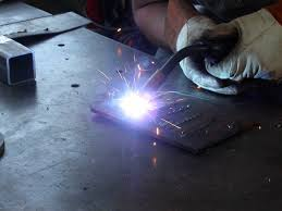 How to <b>Weld</b> - <b>MIG Welding</b>: 11 Steps (with Pictures)