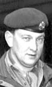 George James Lowder Airborne Signals 300 Para Sqn. 131 Parachute Engineer Regiment Died 1 June 2005. - Jimmy