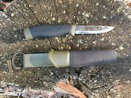 Choosing a <b>knife for use</b> in <b>the outdoors</b> – Bushcraft Survival Australia