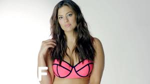 """Ashley Graham Says """"<b>Thick Thighs</b> Save Lives"""" 
