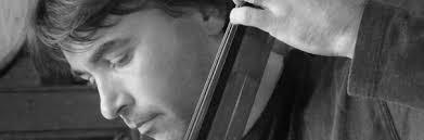 Miquel Ángel Cordero. Molins de Rei, 1973. Músic contrabaixista multidisciplinar amb creativitat artística personal, ha treballat, ... - equip_miguel_angel_cordero
