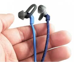 Review: <b>Plantronics BackBeat Fit 305</b> Bluetooth Headphones ...