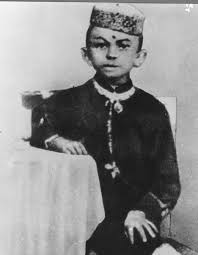 mohandas karamchand gandhi familypedia fandom early life and background mohandas k gandhi