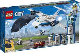 <b>Конструктор LEGO</b> City 60210 <b>Воздушная полиция</b>: авиабаза