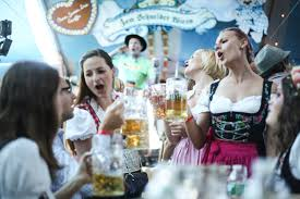 Oktoberfest Tent - Munich on the East River - in NYC — Zum ...