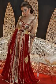 ازياء العرائس images?q=tbn:ANd9GcT