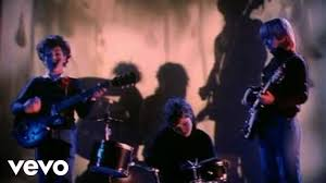 <b>The Cure</b> - Boys Don't Cry - YouTube