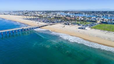 Dreamline Car Rental in Newport Beach, CA, USA