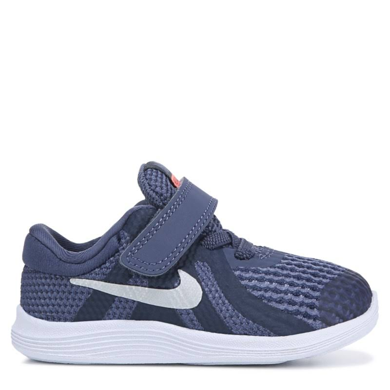 4 Kleinkind Lila Revolution Nike 2c Lila sandfarbenes Schuhgröße 8wZWqFp6