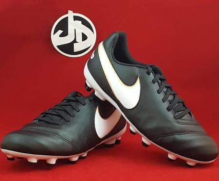 010 Tamaño Blanco Soccer Negro 819186 7 Junior Cleat 5 Wmns 5y Legend Tiempo Vi Nike Fg q8cZzXwX