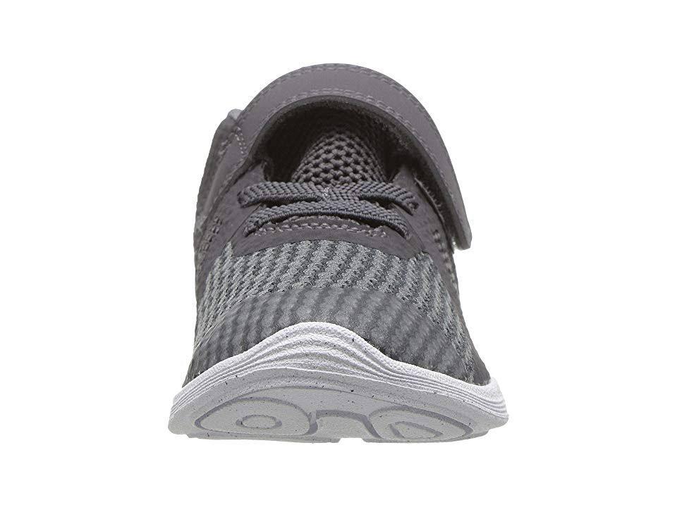 005 Nike Revolution Oscuro 943304 Gris 4 nfn8xrSv